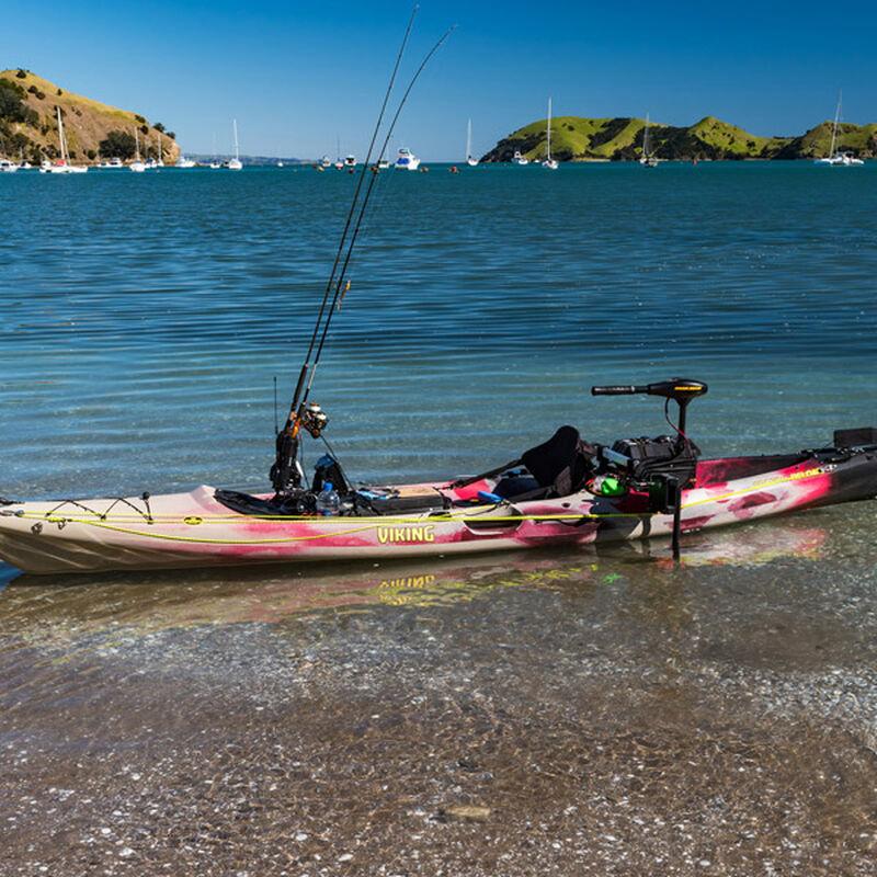 Fixation de moteur hors bord railblaza sur kayak - Aménagement Barque | Pacific Pêche
