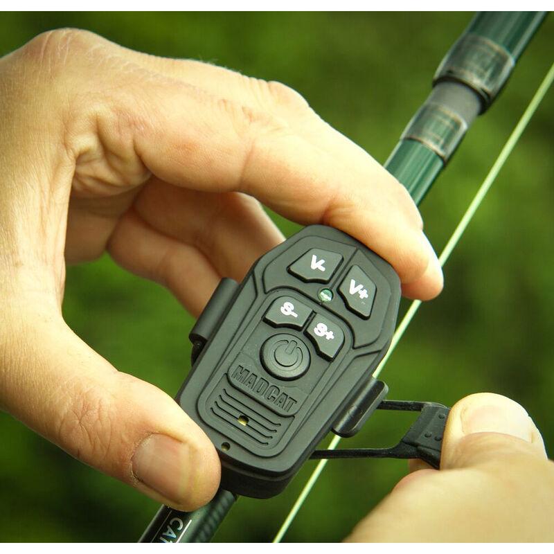 Coffret détection silure madcat smart alarm set 2 détecteurs +1 centrale rouge / vert - Coffrets   Pacific Pêche