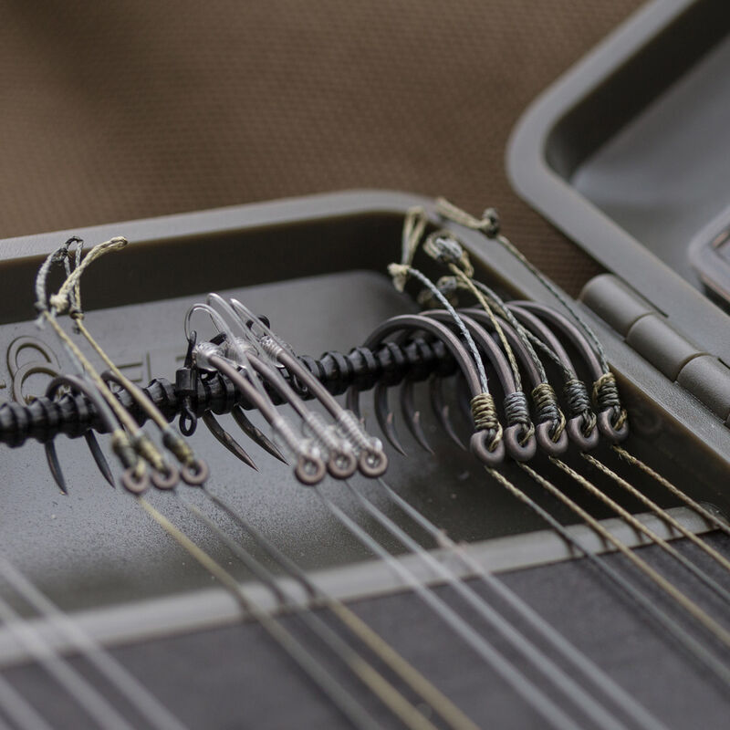 Boîte à bas de ligne carpe korda rigsafe combi - Boîtes | Pacific Pêche